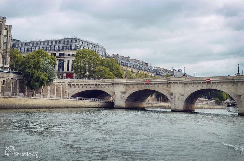 Эйфелева башня (вид с реки Сена)