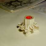 Наклейка кавликул на колокол капители